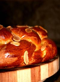 Six Braided Egg Bread