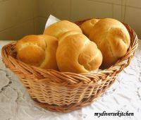 Italian Bread Knots