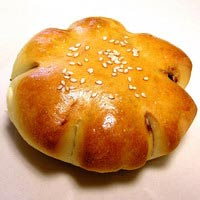 Baked red bean buns