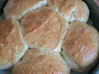 Soft Buttermilk Dinner Rolls