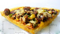 Tandoori sausage,roasted bell pepper&corn pizza