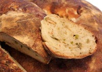 Ital. Ring Bread w/ Hatch Chiles & Roasted Garlic