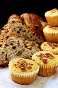 Cornbread Muffins & Cranberry Walnut Bread