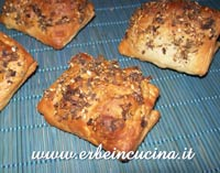 Manakish Zaatar (Arab Pizza)